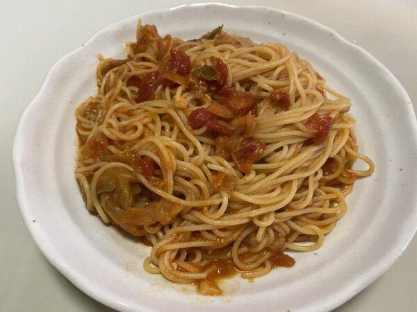 トマト煮込みパスタ